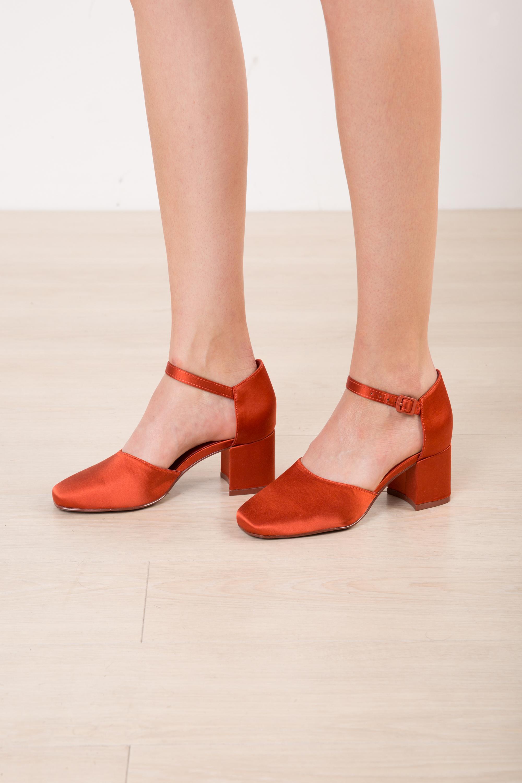 Heel 1734 Red 1