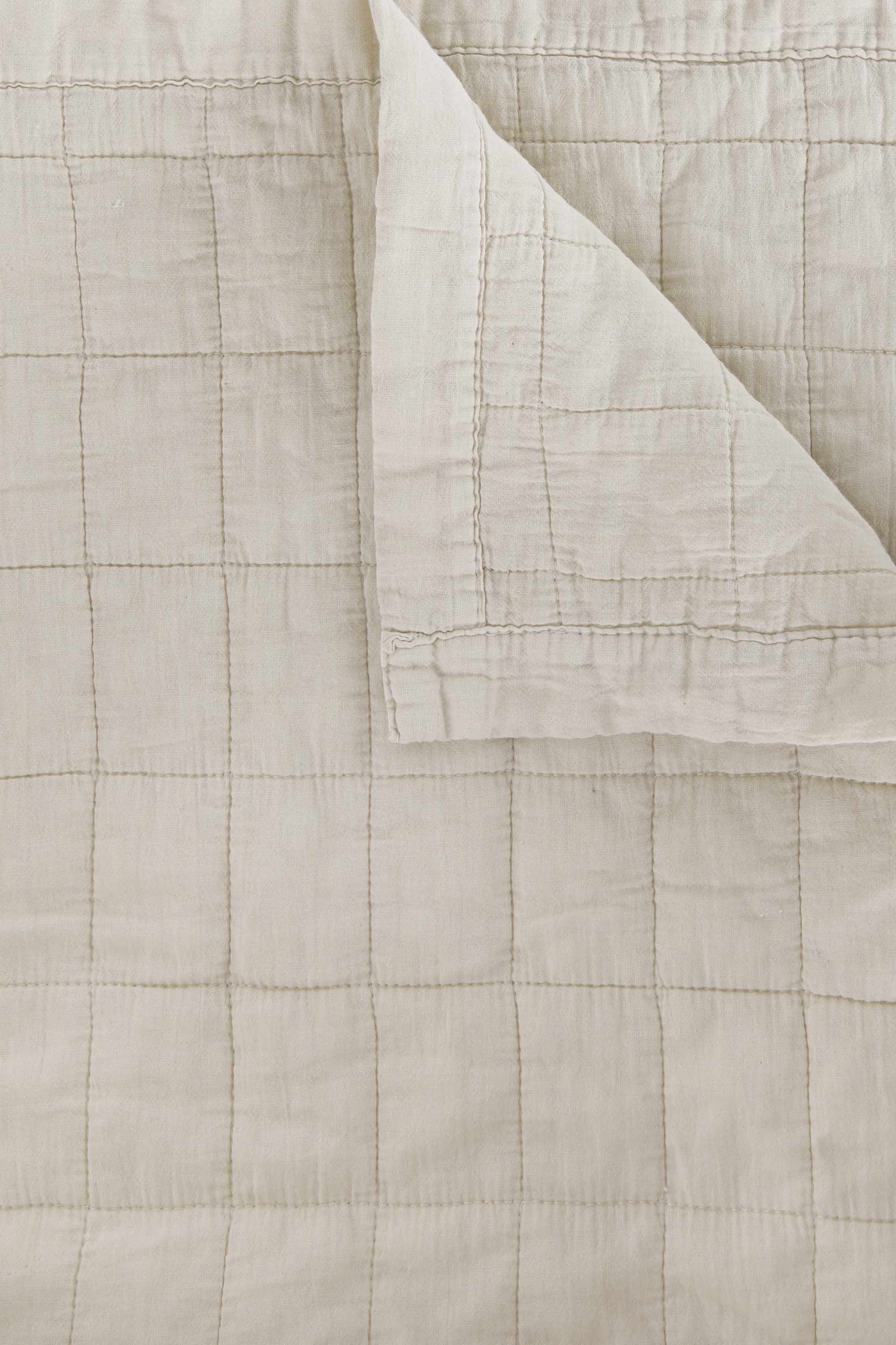 Quilted Blanket 3357 Cream 3