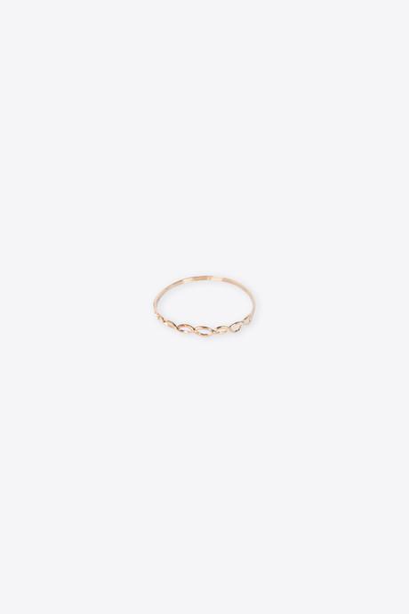 Ring H050