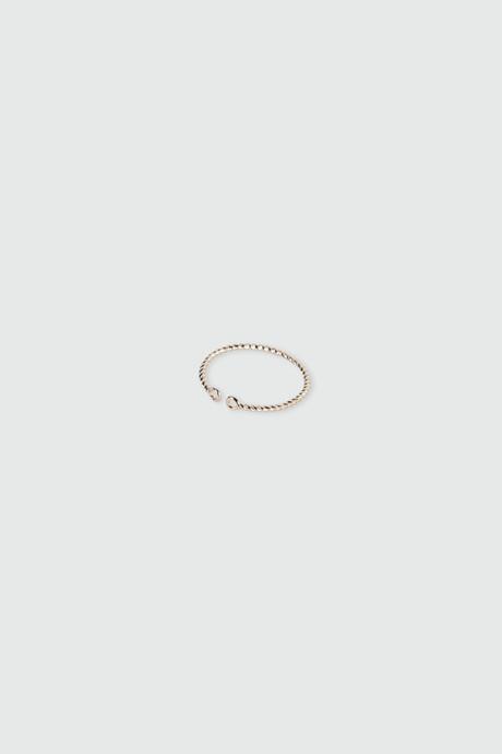 Ring H083
