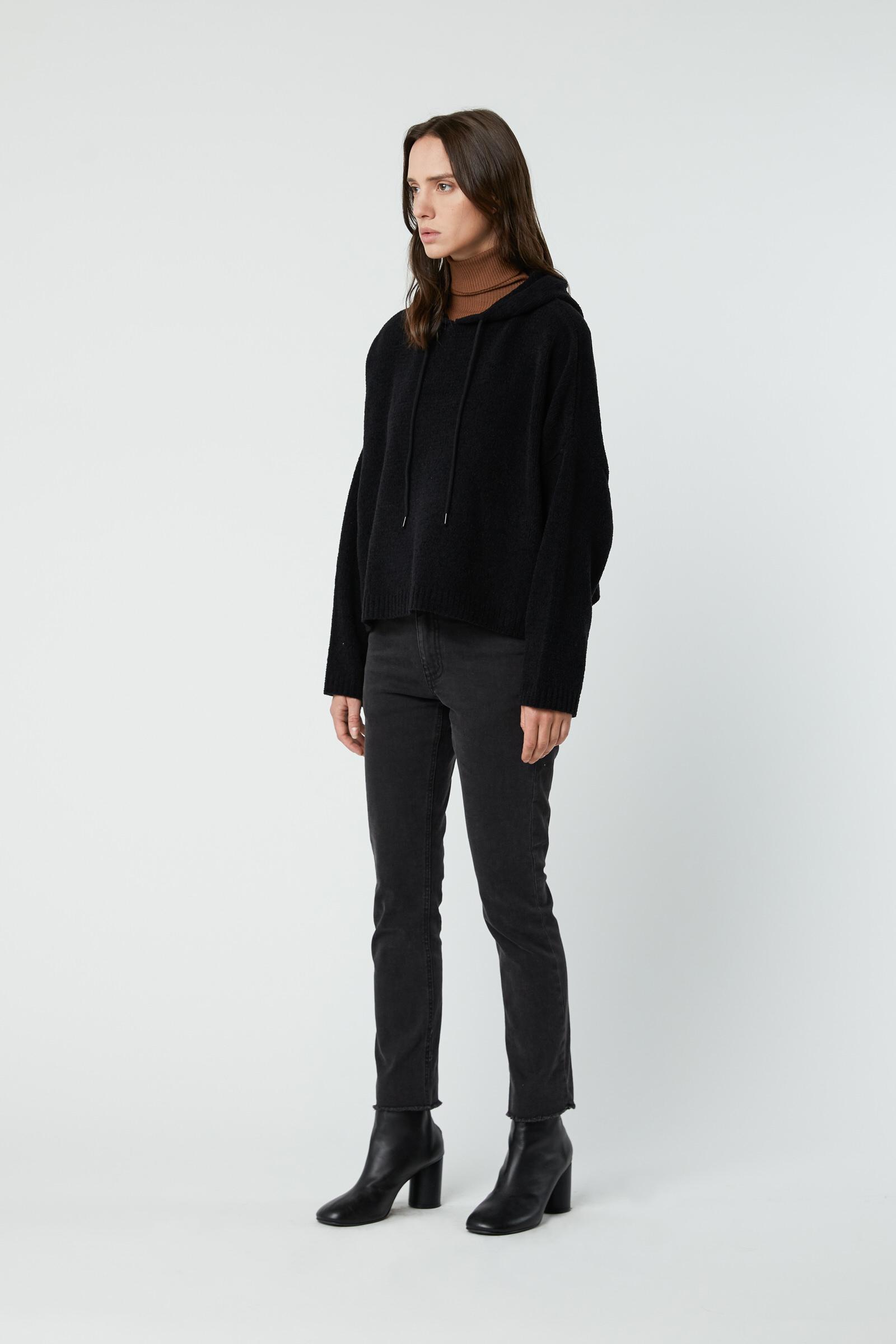 Sweater 2926 Black 2