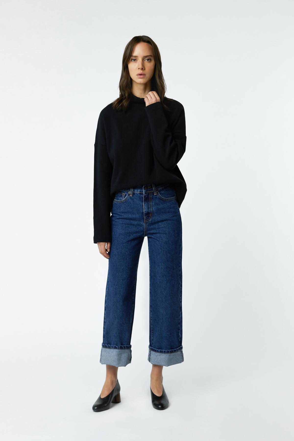 Sweatshirt 2976 Black 1